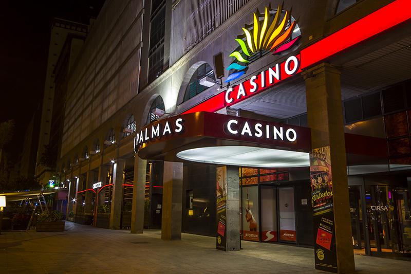 Casino Las Palmas beneficia a tres asociaciones de ayuda social de Las Palmas